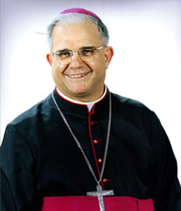 Dom Luiz Mancilha Vilela (1986 – 2002)